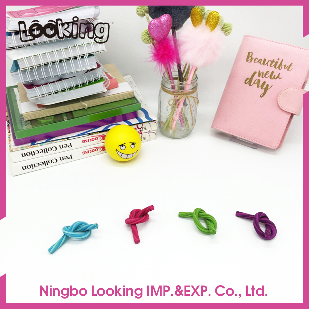 LOOKING 2017 Funny Erasers Set For School