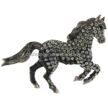 Black Diamond Crystal Galloping Horse Brooch Fashion Zodiac brooch horse lucky success