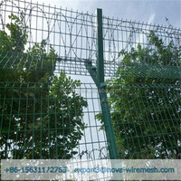 Barbed wire fence is widely used in government agencies, prisons, and military areas