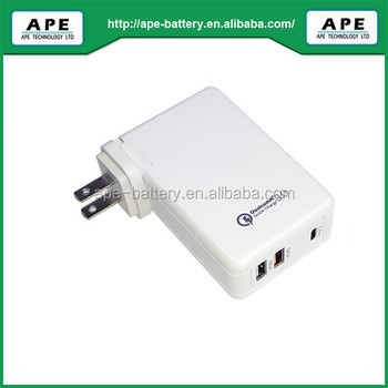 Three USB output ports & Smart dynamic power allocation and embedded PD3.0 &QC3.0/2.0 AC adapter A861SQD