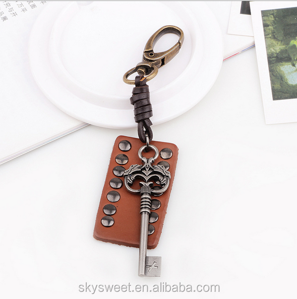 custom logo metal name keychain, vintage leather key chain for businessman