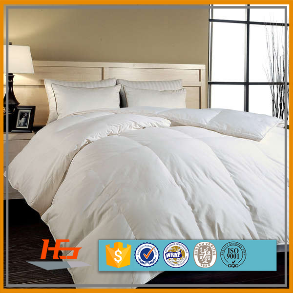 Comfortable Microfiber White Hotel Bed Quilt