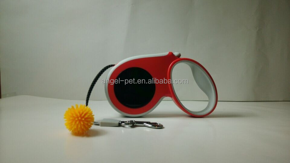 Red Automatic Retractable Dog Leash with black circle