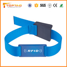 Adjustable Nylon Belt RFID Wristband S50 Epoxy Pvc Card with Plastic Lock
