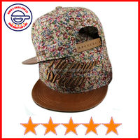 Good quality floral fabric flat leather brim snapback cap,small floral flat brim cap,nice styles snapback cap (SU-HP25263)