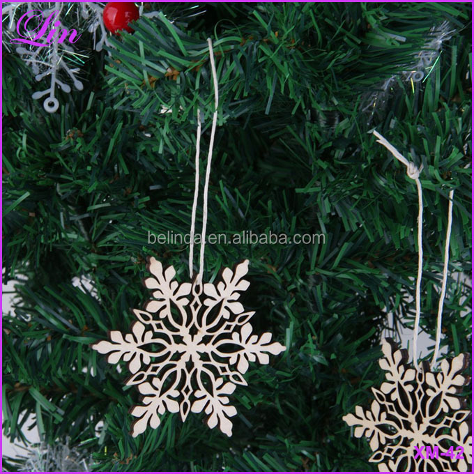 Christmas Tree Hanging White Snowflake Ornaments Decoration Christmas Holiday Party Wood Color