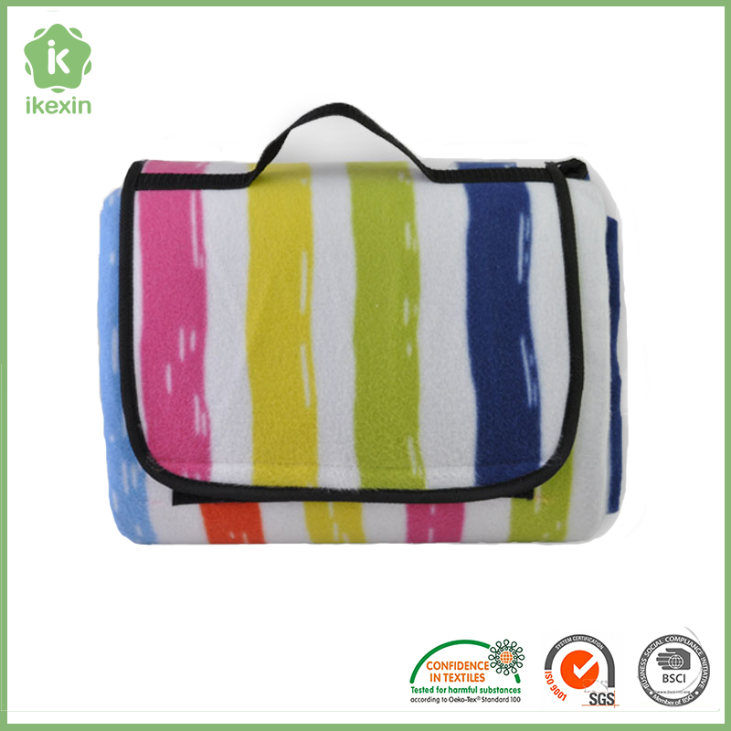 Large Size Fleece Travel Picnic Blanket With Pouch