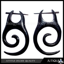 Earrings body jewlery organic horn ornate 1PAIR post