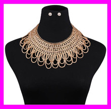 Trendy women crystal 18k gold plated delicate diamond necklace set HJ2098