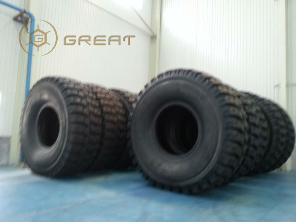 Giant tyre and wheel package