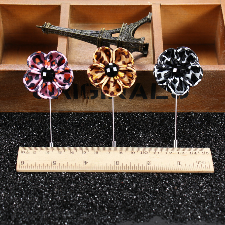 Wholesale Fashion Men's Handmade fabric flower brooch