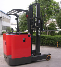 3t New brand CE electric reach forklift with brushless driving motor