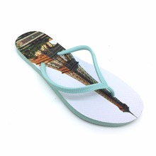 Hot selling 2017 flat blinking women slippers printed summer flip flop on the beach