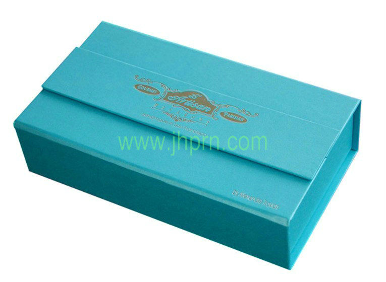 Blue rigid board paper cupcake muffin boxes
