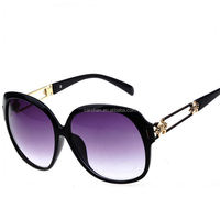 gold chain sunglasses heart shaped plastic sunglasses hot selling metal wholesale and unisex sunglasses