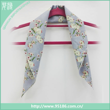 SC-124737 summer leisure floral printed viscose fashion thin scarf