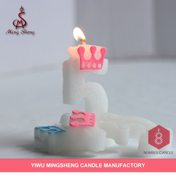 Latest product white crown glitter number candle