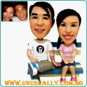 CUSTOM 3D LOVELY COUPLE FIGURINES THAT MADE TO LOOK LIKE YOU WITH YOUR LOVED ONES - ONE & ONLY FROM UNUSUALLY CREATION