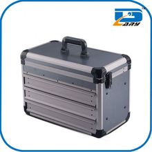 Total quality controlled metal tool box with wheels