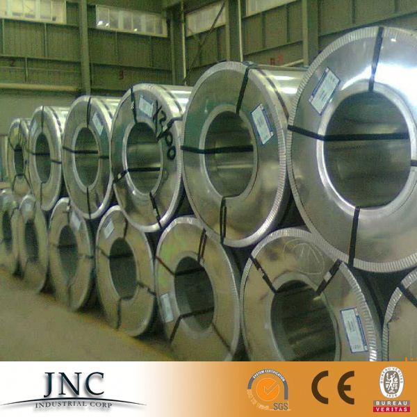 making roofings using pre-painted galvanized steel coil//color coated steel sheet