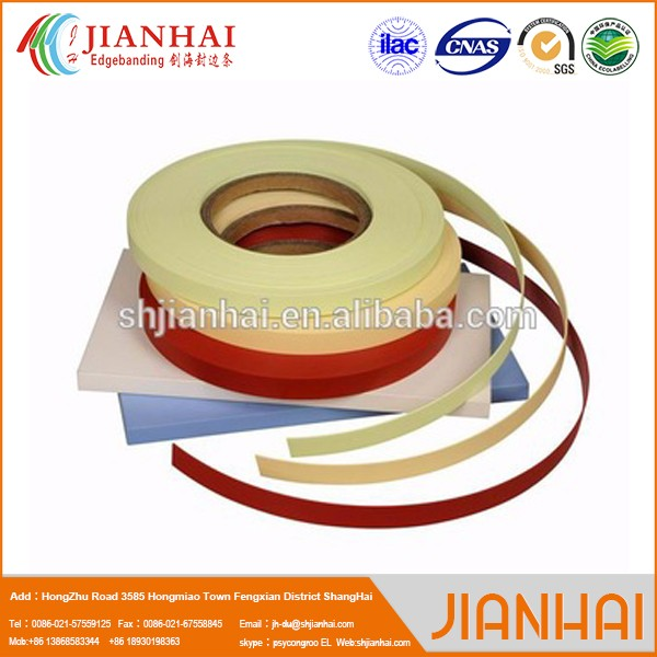 Rubber edge for sheet metal seal strip
