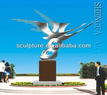 2017 New Modern Sculpture High Quality Lovely Metal Bird Sculptures