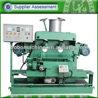 Automatic deburring machine for spoon