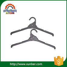 High Quality Convenient Plastic Short Clothes Hangers for Wholesale