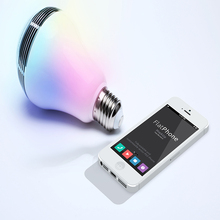 Chroma Melody App wireless Connect color changing led light bulb