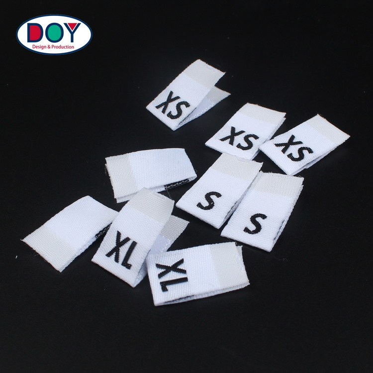 In Stock Wholesale Price Black and White Letters Standard Machine Woven Size Tags Labels for Blouses