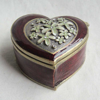 Vintage Metal Pewter Flower Heart Shaped Enameled Antique Jewelry Box Trinket Box For Wedding Favors Gift