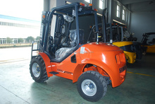 For Sale 4 Wheel Drive All Terrain Fork Lifter 3.5 Ton Small Forklifts