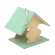 BSCI IS9001 FSC Good Quality dyeing Hanging Wooden Bird House