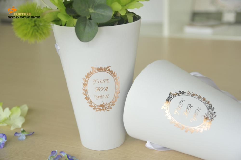 Excellent quality cylinder black flower box packaging luxury