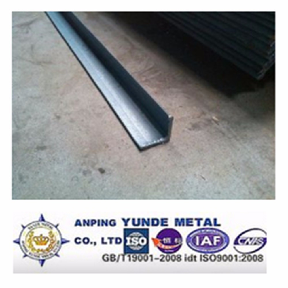 Hot Rolled Equal Mild Steel Angles/hot rolled steel angle , q235b/ ss400 / a36 /s235jr