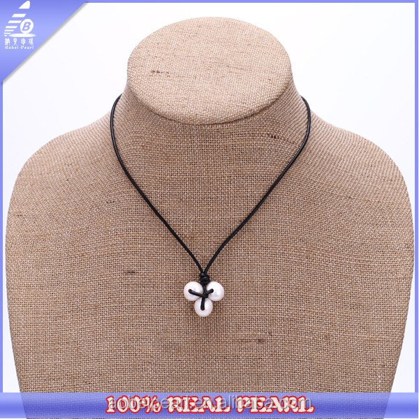 High Luster Three Pearl Leather Necklace Natural Freshwater Pearl Delicate Necklace