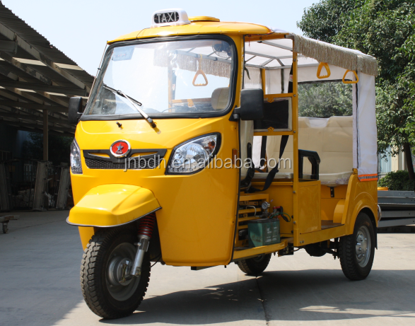Petrol and CNG Run bajaj auto rickshaw for sale