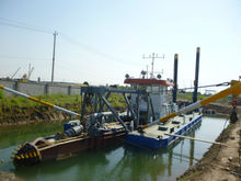 HOT SELL OCEAN GROUP,High Efficient Bucket Chain Gold Dredger for Sale