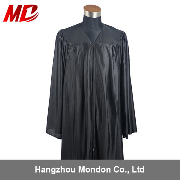 black gown 01.jpg