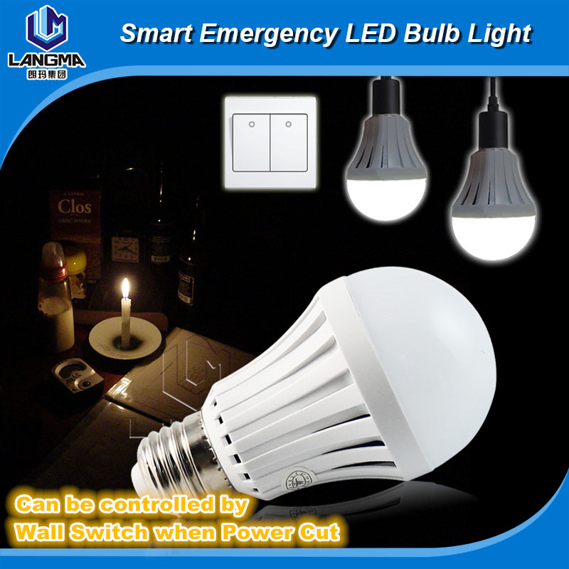 CE ROHS LED Smart Bulb 7W 9W 12W 15W led emergency light rechargeable battery E27 Lamp for home 2835 smd bomb
