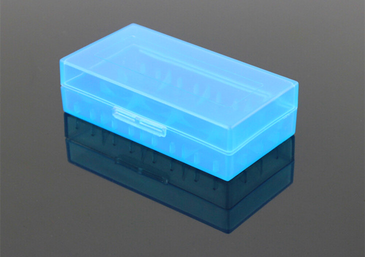protected plastic transparent battery case/box/holder for 18650 lithium battery