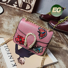 Butterfly design embroidery lady's handbag crossbody shoulder bag for women made in China SY8284