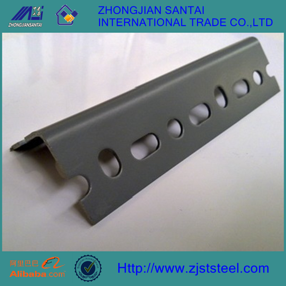 Steel slotted angle/steel angle hole punch/steel angle iron with holes