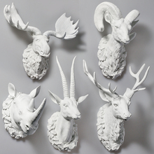 ROOGO Modern Art Deco Resin Pure White Animal Deer Head Antler 3D Wall Mounted Interior Decoration