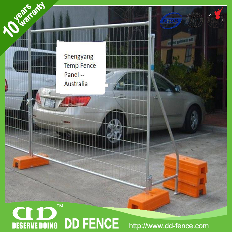 AFA certified welded wire tempory fence panels /retractable temporary mesh fencing /yellow portable construction fence