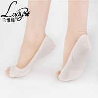 Blue butterfly XTM7113 with foreign hot cotton socks with toe socks and socks mouth pad contact factory wholesale