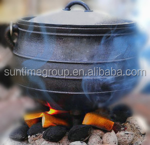 three legs cast iron stew potjie pot