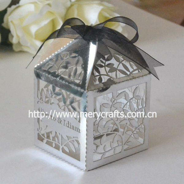 Personalised wedding decoration! laser cut silver favor box leaves wedding favor from Mery Crafts