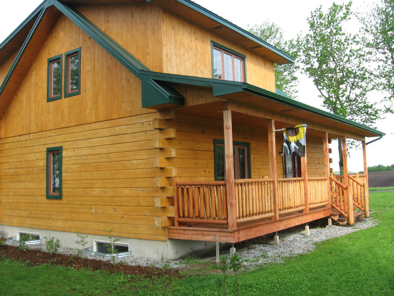Canadian made Log homes