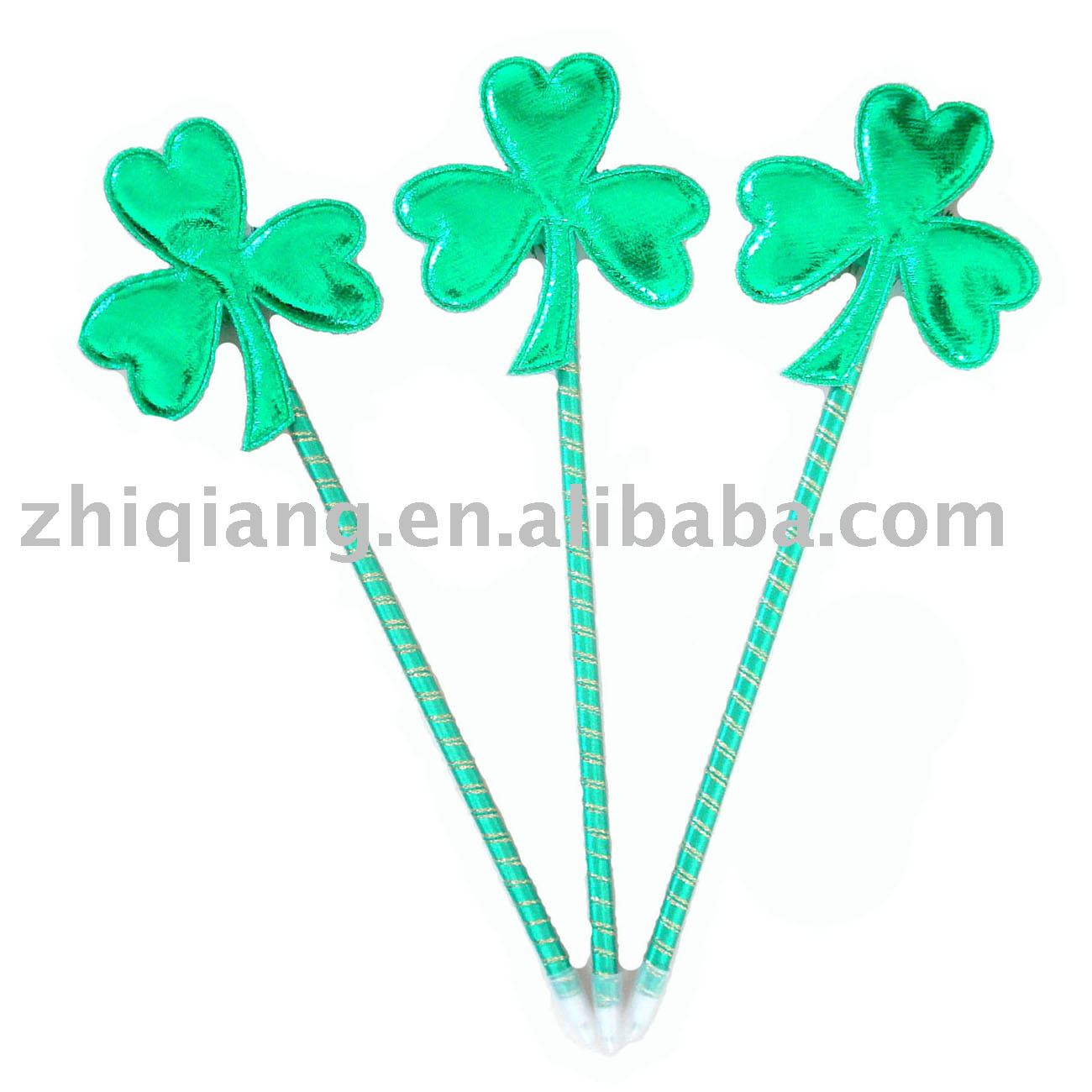 2016 artifical wholesale low price popular green shamrock ball pen